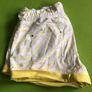 Lululemon summer beach shorts waterproof material